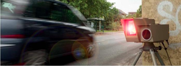 Blitzer-App: Auto mit Blitzer